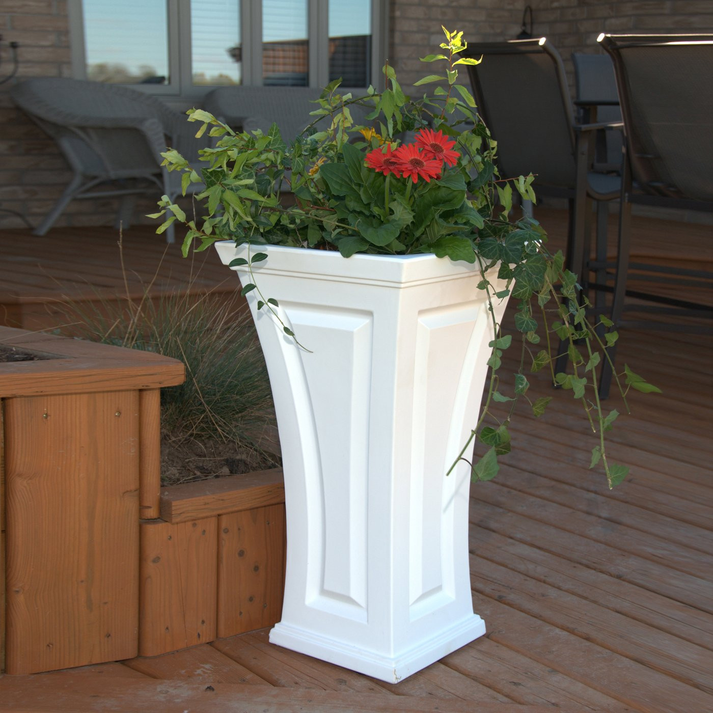 Best ideas about Lowes Outdoor Planters . Save or Pin Mayne 4834 Cambridge Tall Planter Now.