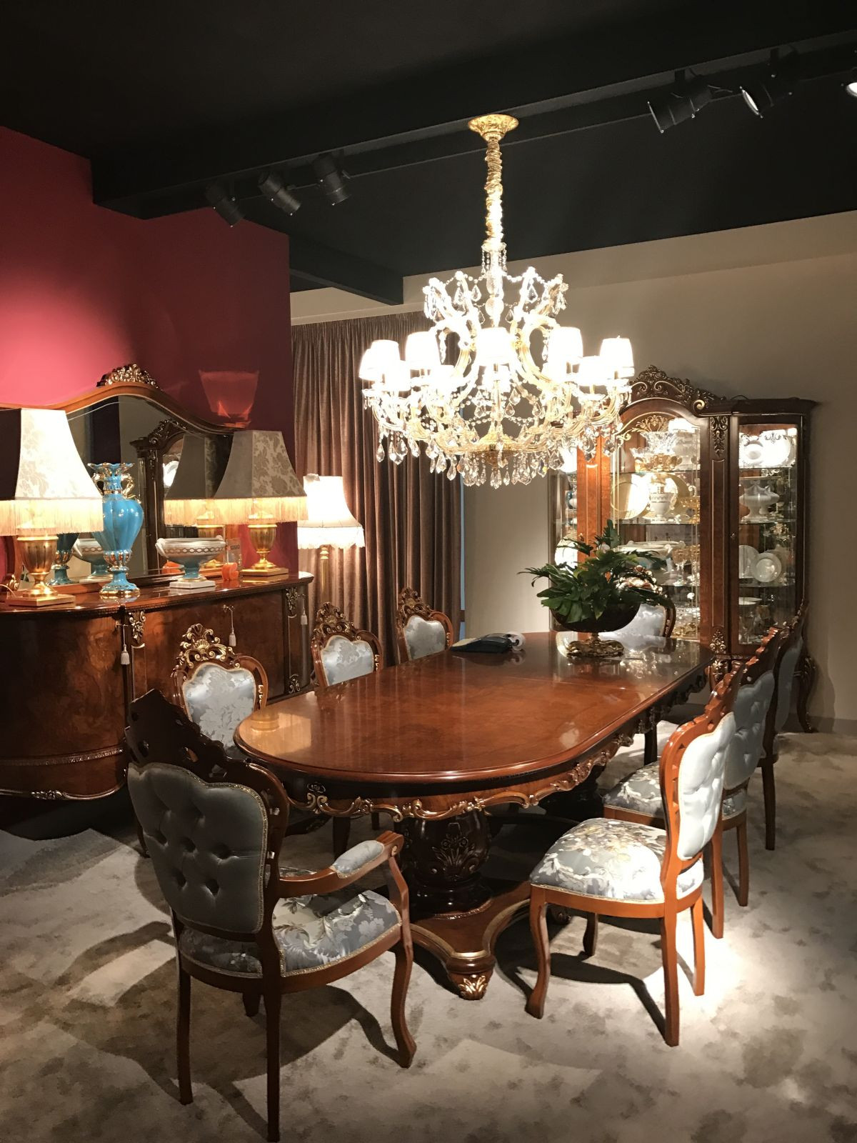 Best ideas about Luxury Dining Room . Save or Pin 10 Luxury Dining Rooms With Inspiring Baroque Style Now.