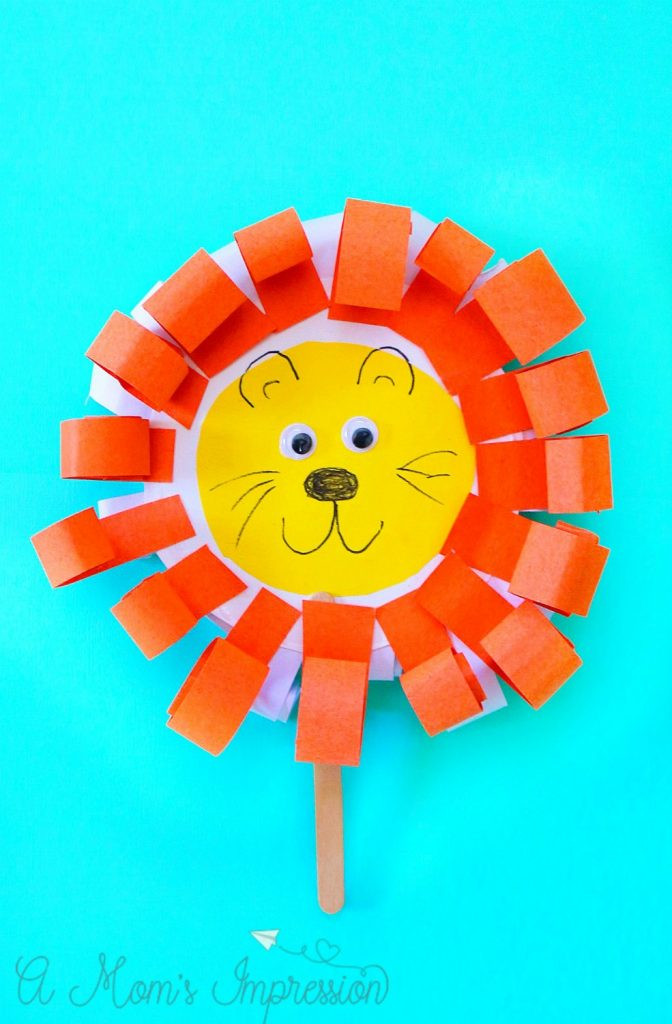 Best ideas about March Crafts For Kids . Save or Pin Easy and Adorable Paper Plate March Lion and Lamb Craft Now.