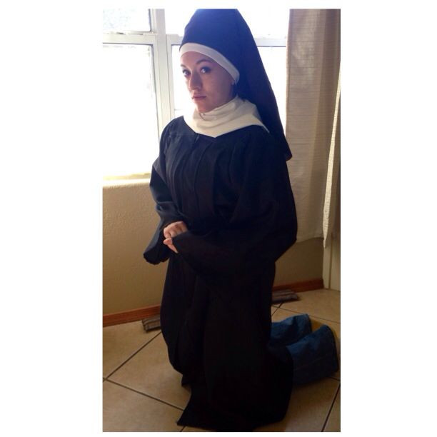 Best ideas about Nun Costume DIY . Save or Pin DIY 5 min nun costume for a modesty class Graduation gown Now.