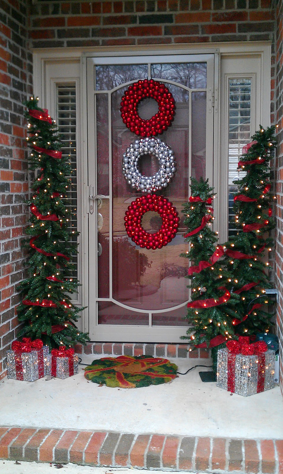 Best ideas about Outdoor Christmas Decor . Save or Pin 50 Best Outdoor Christmas Decorations for 2017 Now.