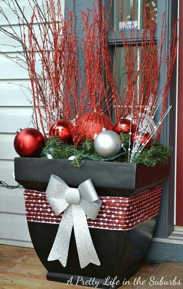 Best ideas about Outdoor Christmas Decor . Save or Pin 25 Top outdoor Christmas decorations on Pinterest Easyday Now.