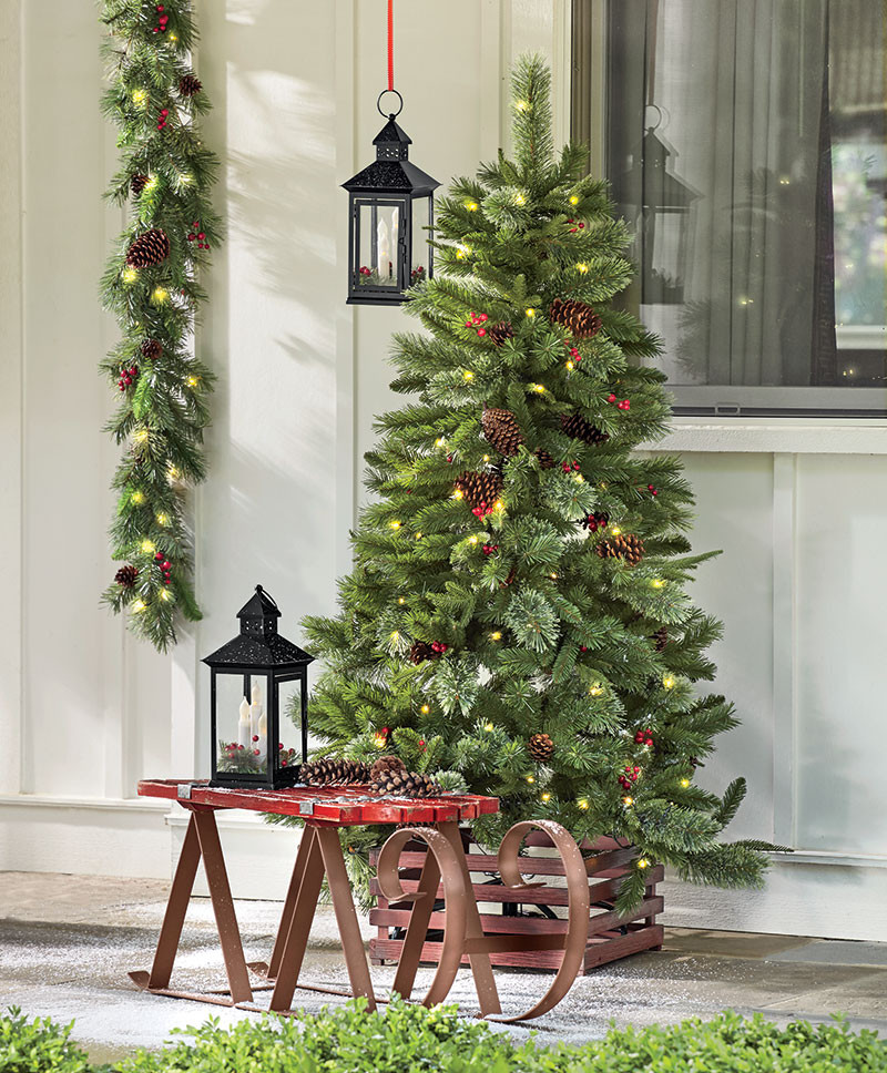Best ideas about Outdoor Christmas Decor . Save or Pin Easy Christmas Outdoor Decorating Ideas Now.