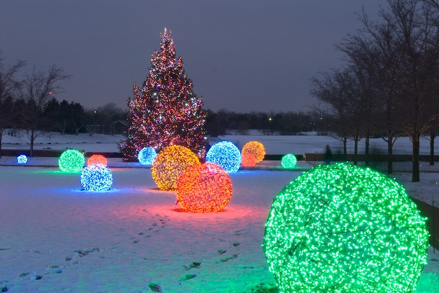 Best ideas about Outdoor Christmas Lights Ideas . Save or Pin How to Make Christmas Light Balls Christmas Lights Etc Blog Now.