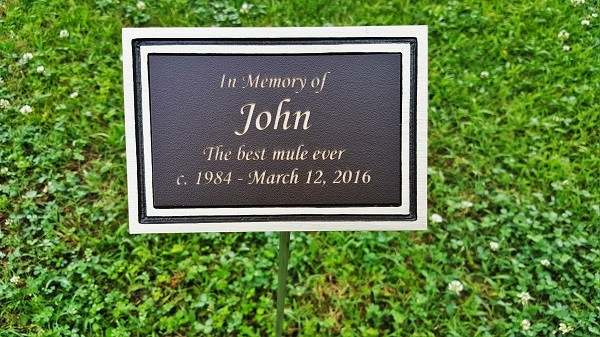 Best ideas about Outdoor Memorial Plaques . Save or Pin Personalized Engraved Bronze Outdoor Plaque w Stake Now.