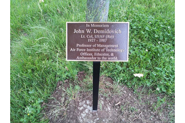 Best ideas about Outdoor Memorial Plaques . Save or Pin Memorial Garden Plaques Now.
