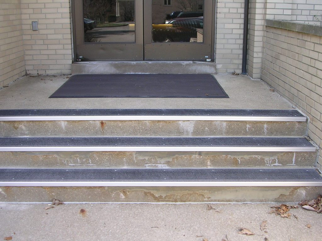 Best ideas about Outdoor Non-Slip Stair Treads For Snow . Save or Pin Preparing Outdoor Non Slip Stair Treads — The Wooden Houses Now.