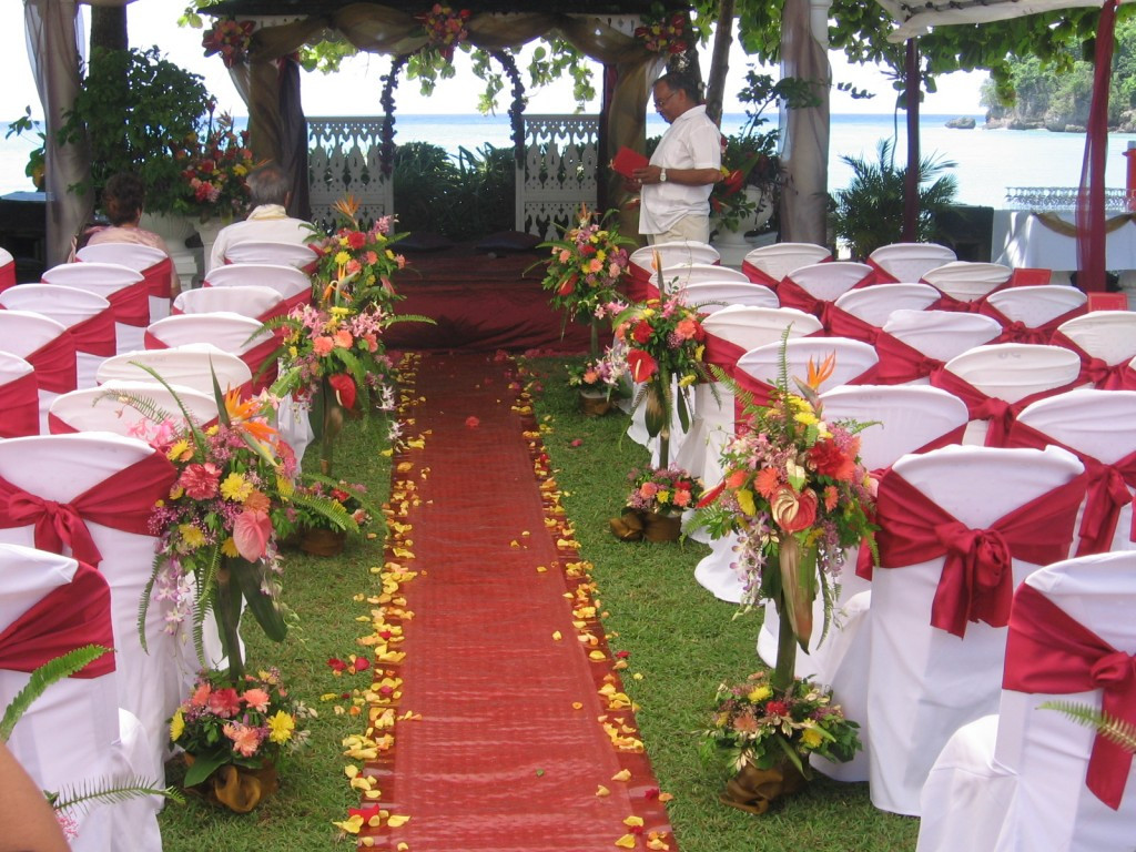 Best ideas about Outdoor Wedding Decorations . Save or Pin 11 Outdoor Wedding Decoration Ideas – Party Ideas Now.