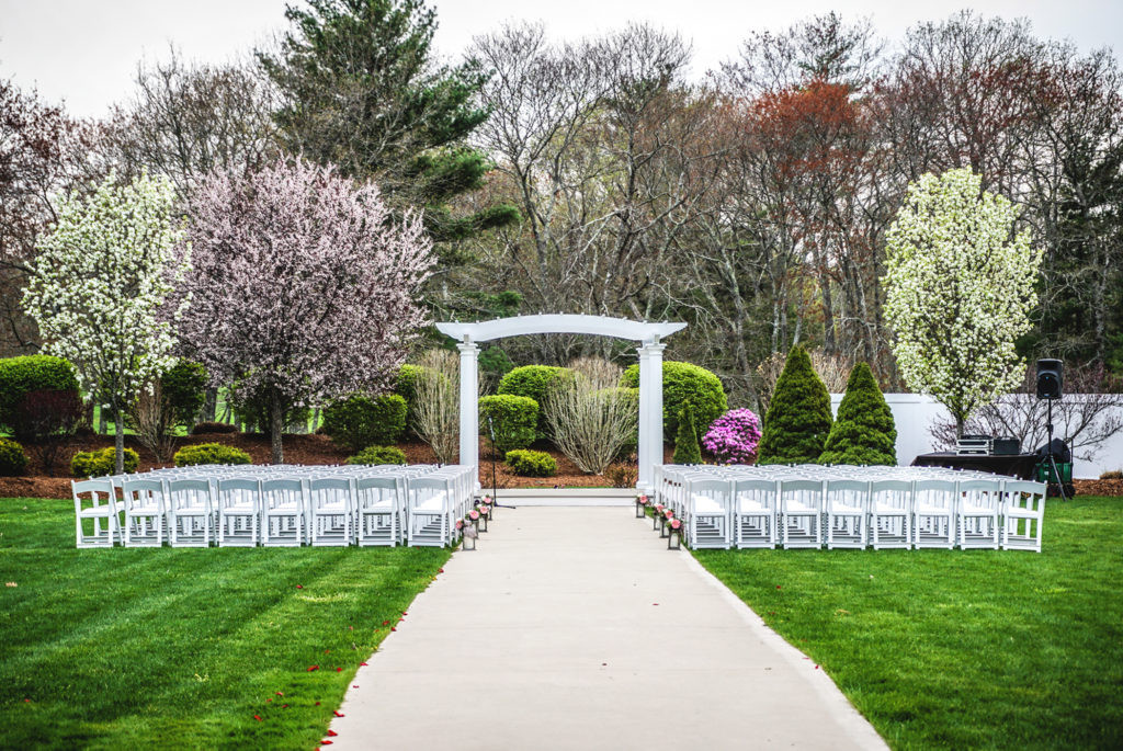 Best ideas about Outdoor Wedding Venues . Save or Pin Pros and Cons of Outdoor Wedding Venues Now.
