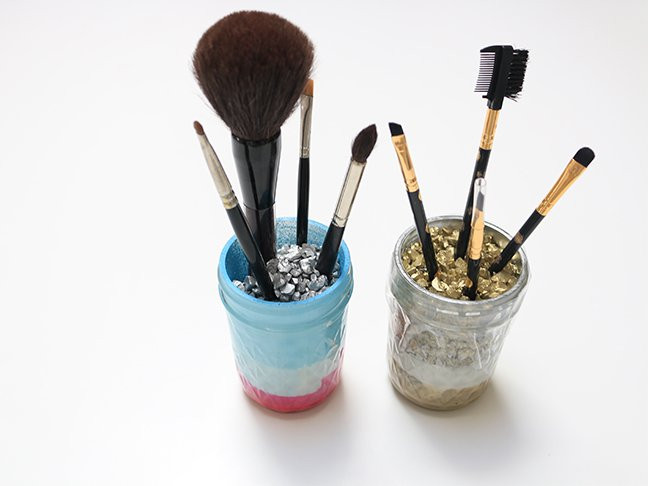 Best ideas about Paint Brush Holder DIY . Save or Pin DIY Makeup Brush Holder Now.