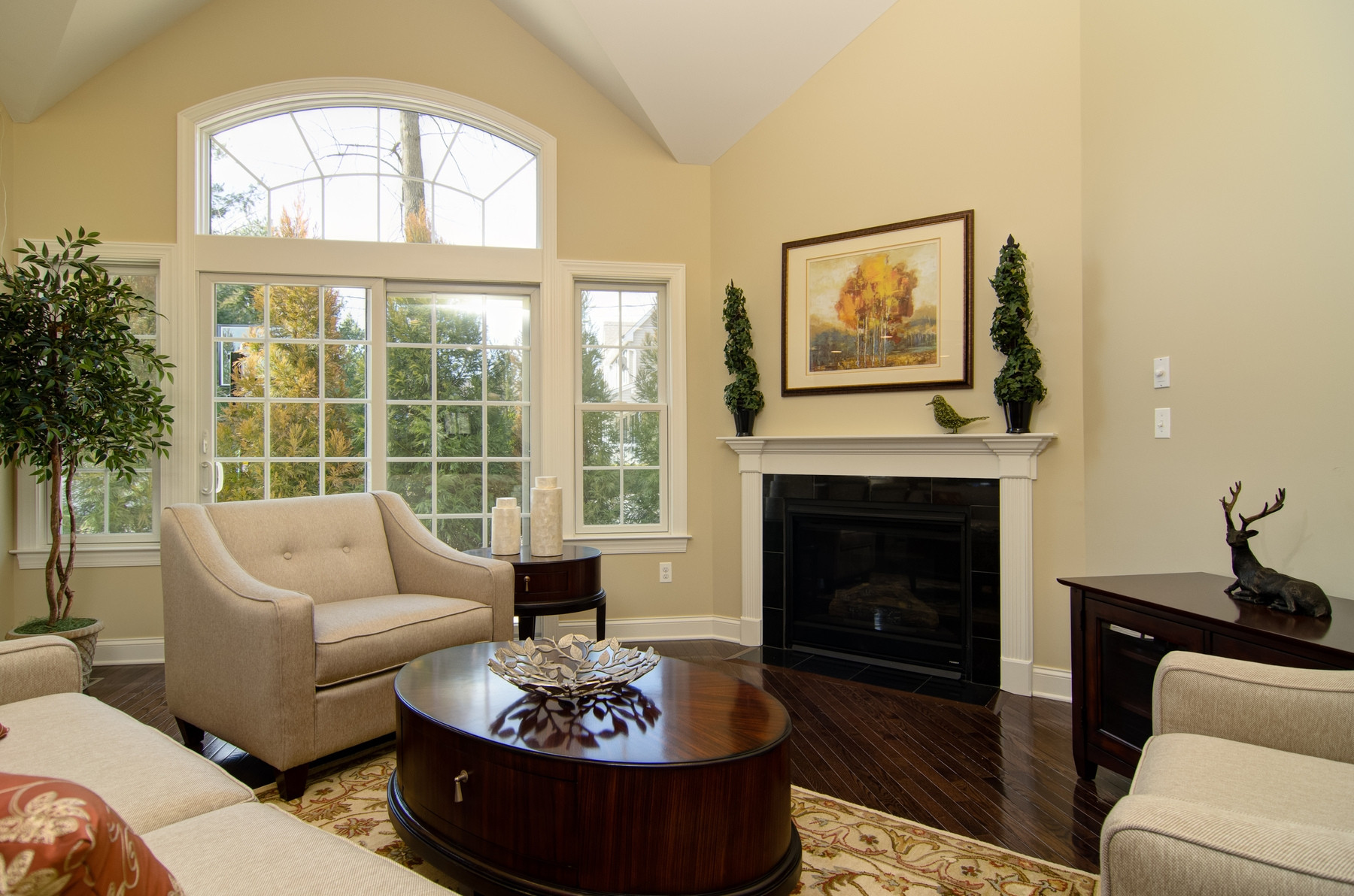 Best ideas about Paint Colors For Family Room . Save or Pin Teen Bedroom Interior With Three Tone Color Scheme Design Now.