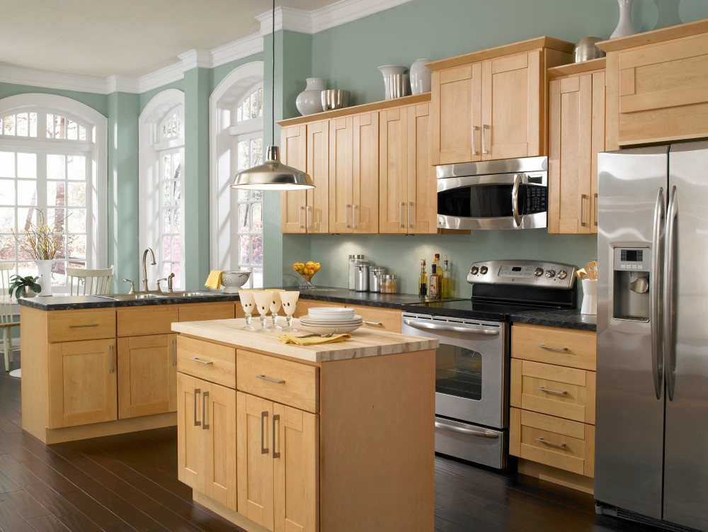 Best ideas about Paint Colors For Kitchen . Save or Pin Kitchen Paint Colors with Maple Cabinets Home Furniture Now.