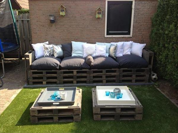 Best ideas about Pallet Patio Furniture . Save or Pin DIY Outdoor Pallet Wood Sofa Now.