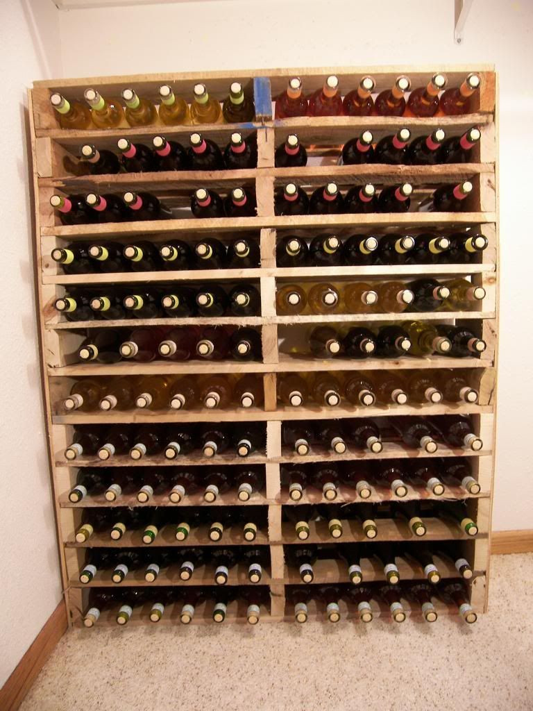 Best ideas about Pallet Wine Rack DIY . Save or Pin DIY Pallet wine rack I am building this ASAP But I Now.