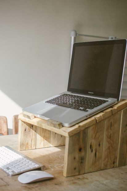 Best ideas about Poor Man'S DIY Aquarium Stand Plans . Save or Pin Best 25 Diy laptop stand ideas on Pinterest Now.