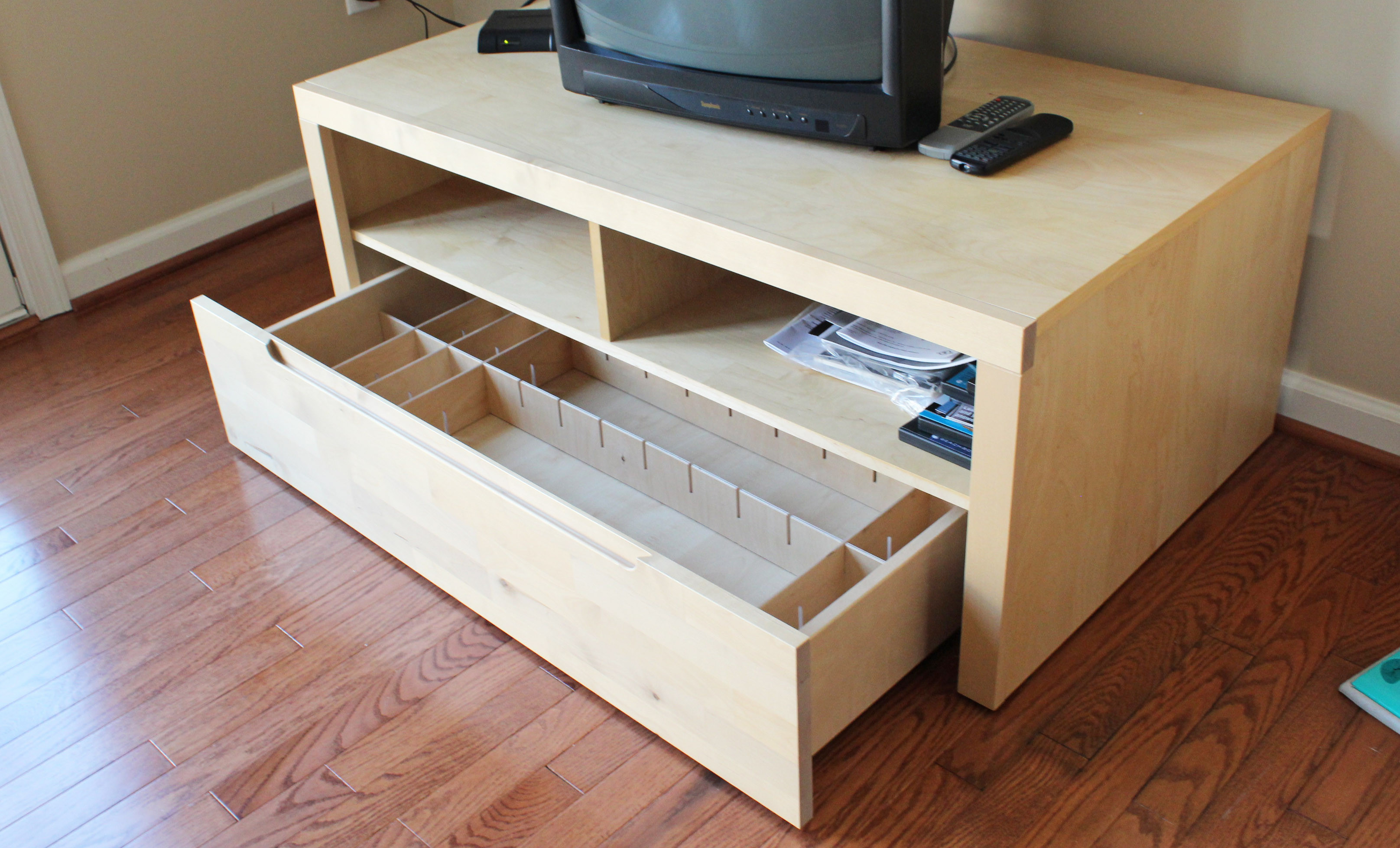 Best ideas about Poor Man'S DIY Aquarium Stand Plans . Save or Pin 301 Moved Permanently Now.