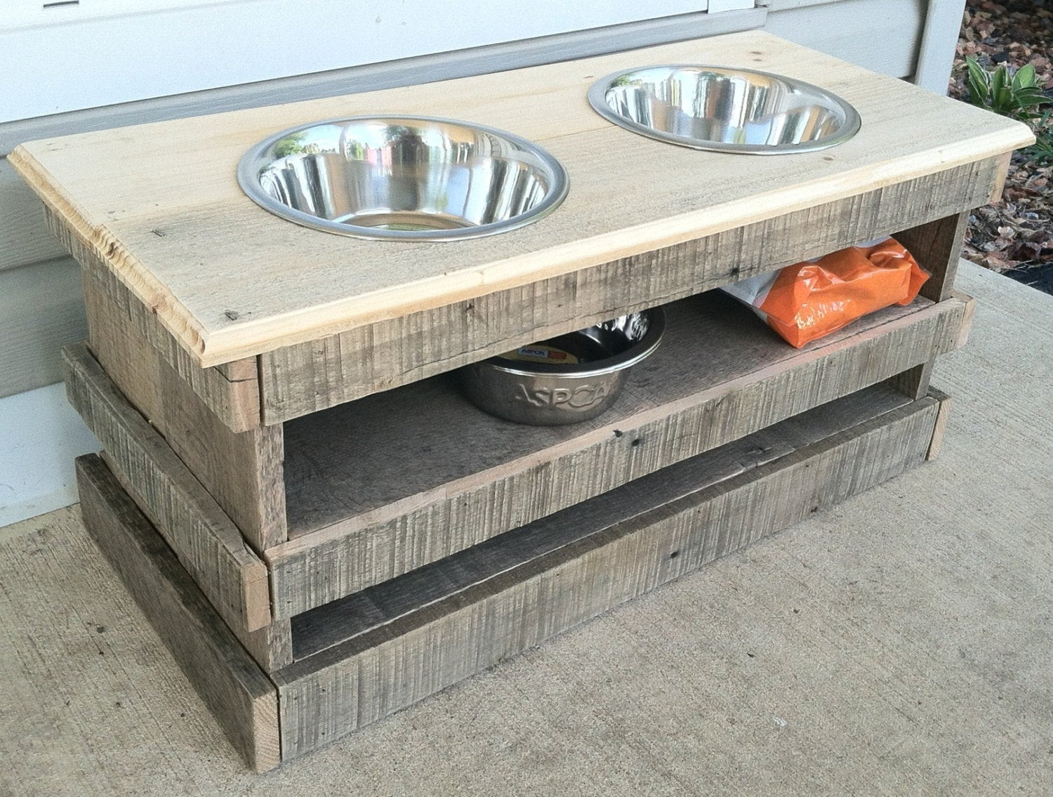 Best ideas about Raised Dog Bowls DIY . Save or Pin Lighting Now.