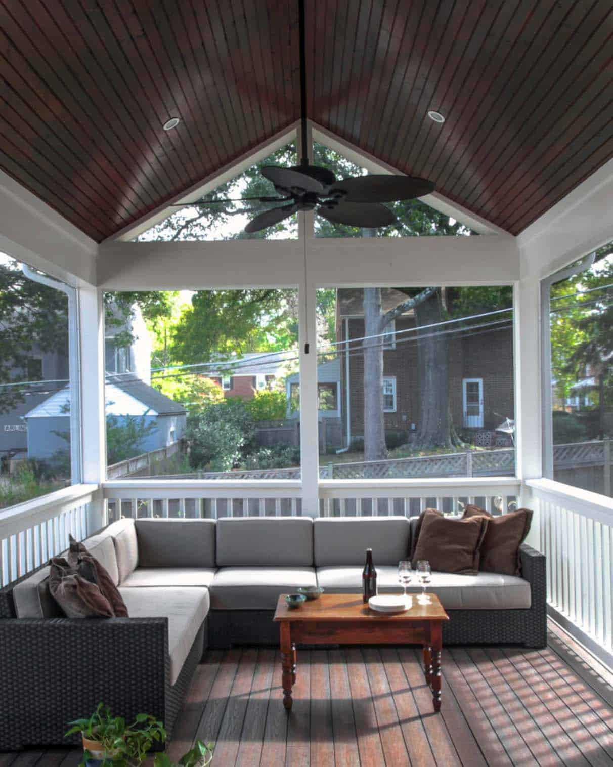 Best ideas about Screen In Patio . Save or Pin 38 Amazingly cozy and relaxing screened porch design ideas Now.