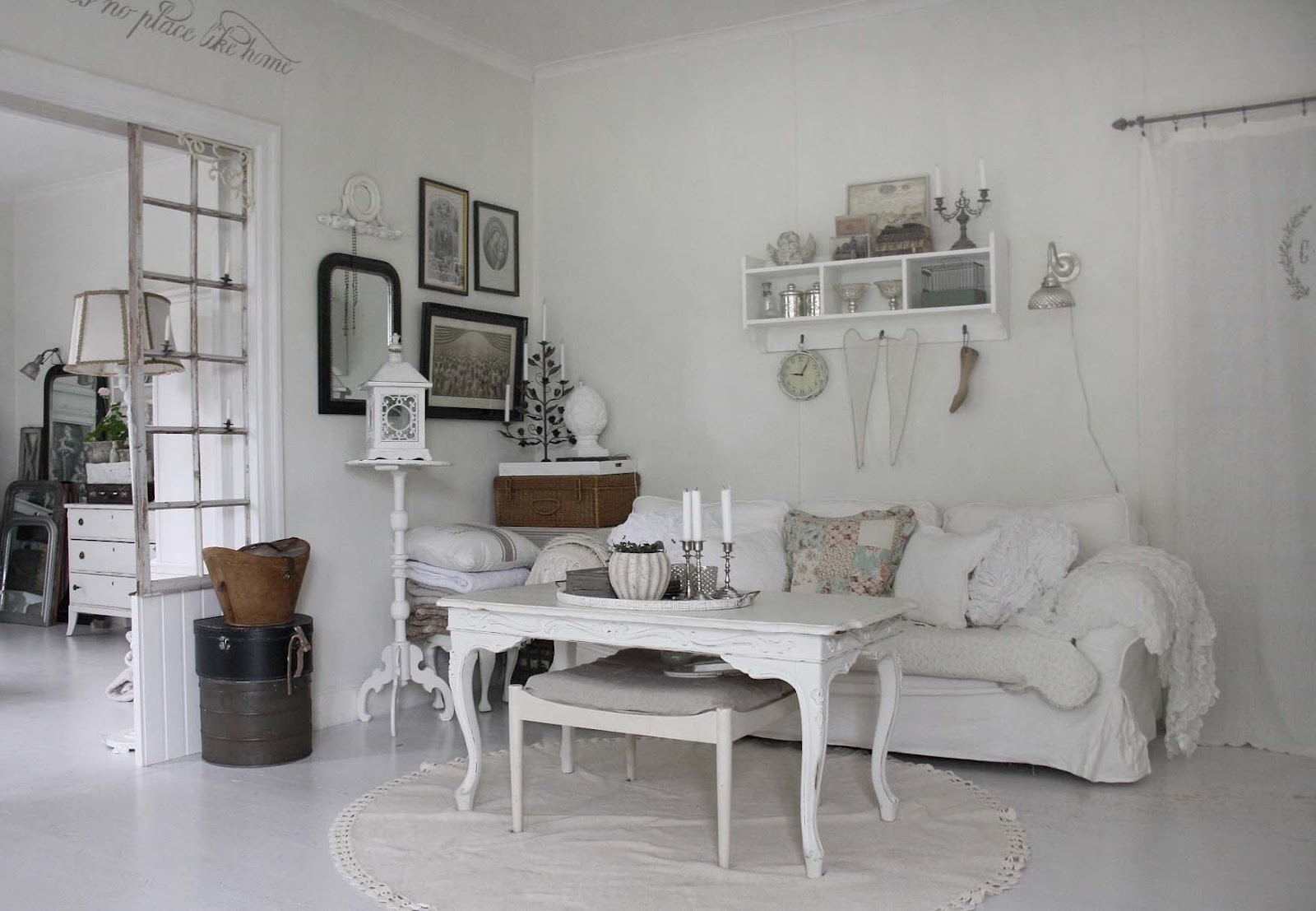 Best ideas about Shabby Chic Style . Save or Pin 37 Dream Shabby Chic Living Room Designs Decoholic Now.