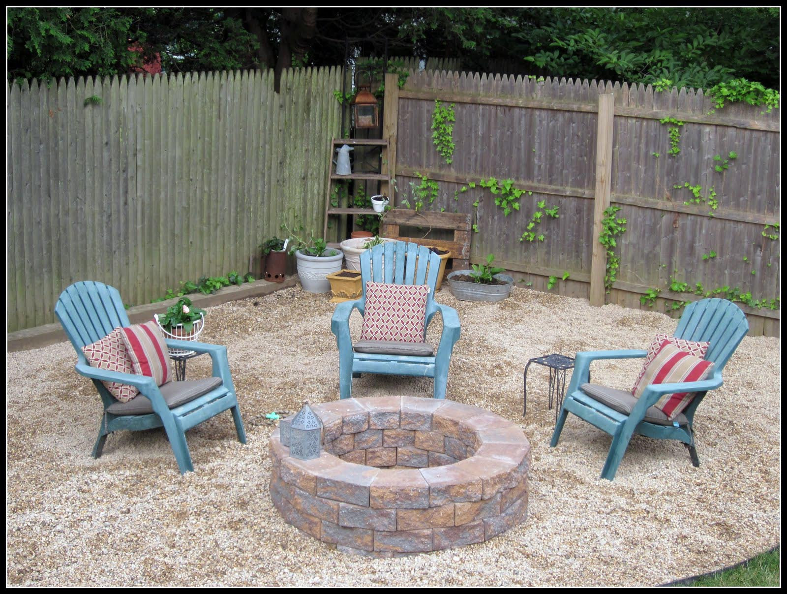 Best ideas about Simple Backyard Fire Pit Ideas . Save or Pin Easy Backyard Fire Pit Now.