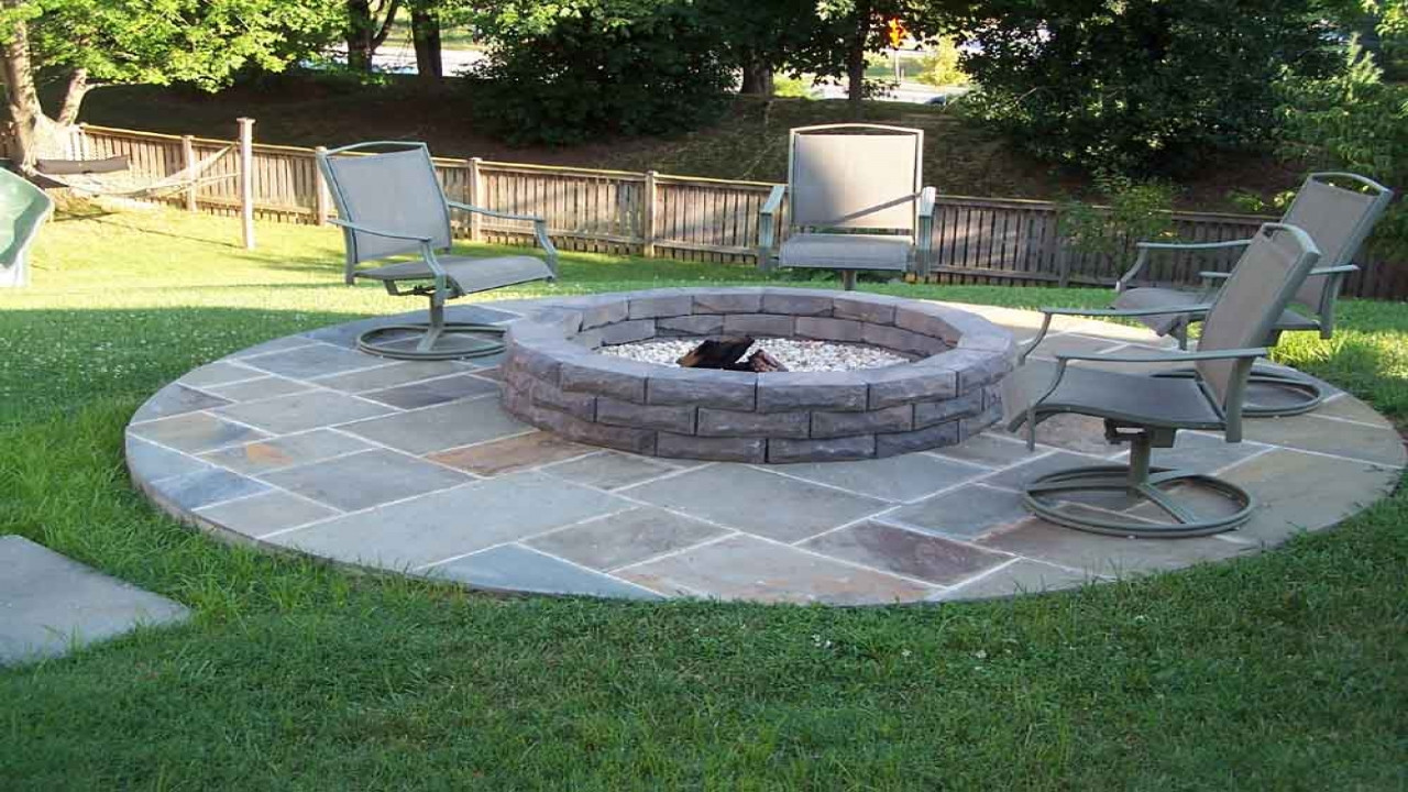 Best ideas about Simple Backyard Fire Pit Ideas . Save or Pin Backyard firepits back yard ideas with fire pits simple Now.