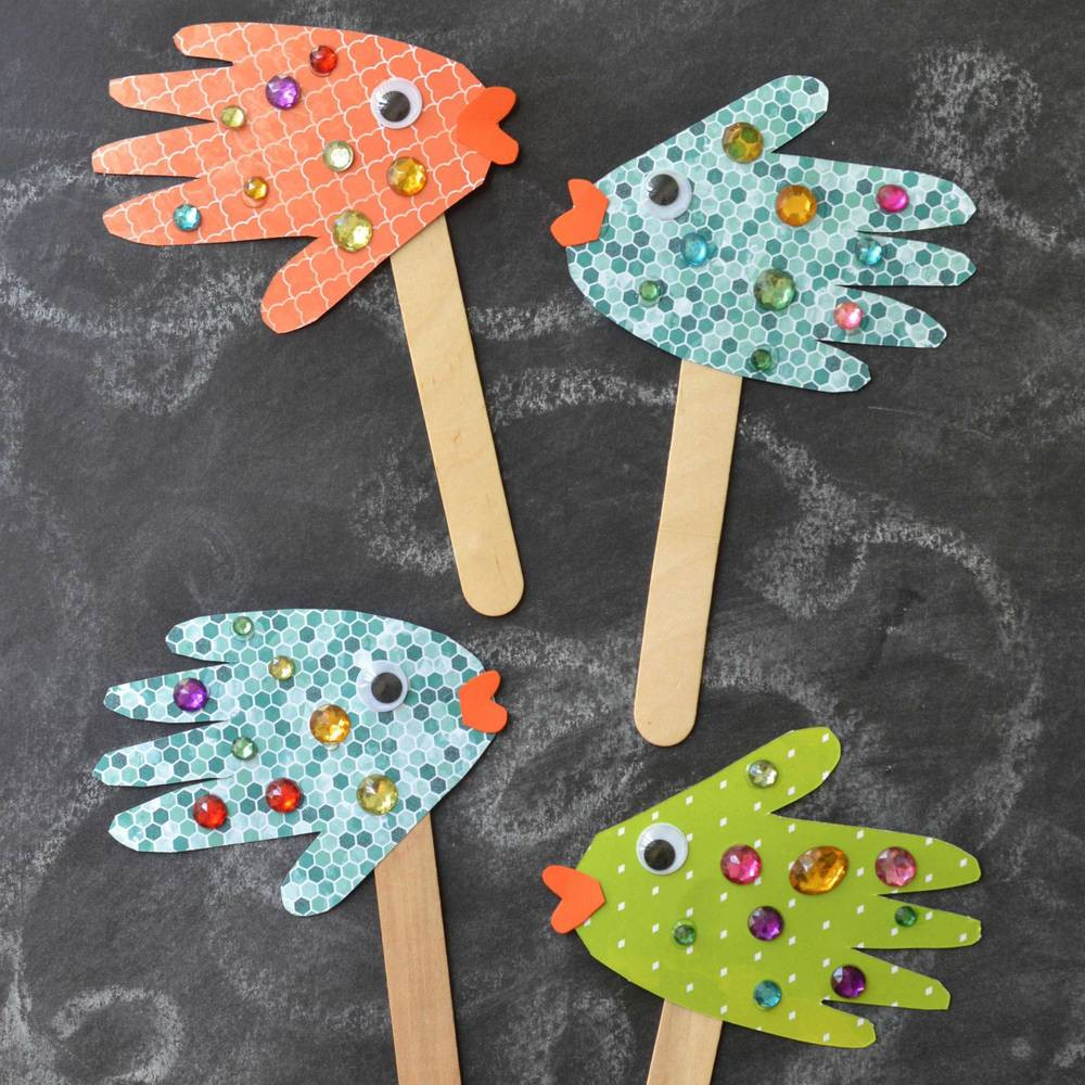 Best ideas about Simple Crafts For Kids . Save or Pin Handprint Fish Puppets Now.