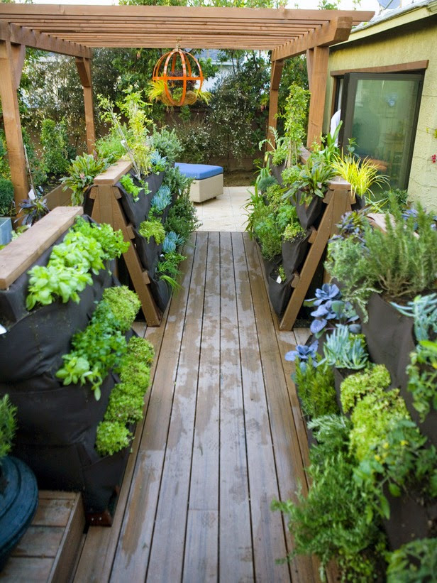 Best ideas about Small Backyard Patio Ideas . Save or Pin Gardening in backyard patio Now.