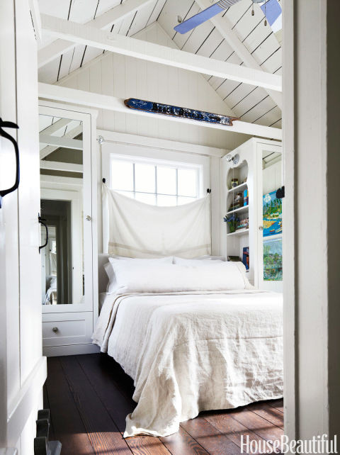 Best ideas about Small Bedroom Layout . Save or Pin 10 Small Bedroom Decorating Ideas Design Tips for Tiny Now.