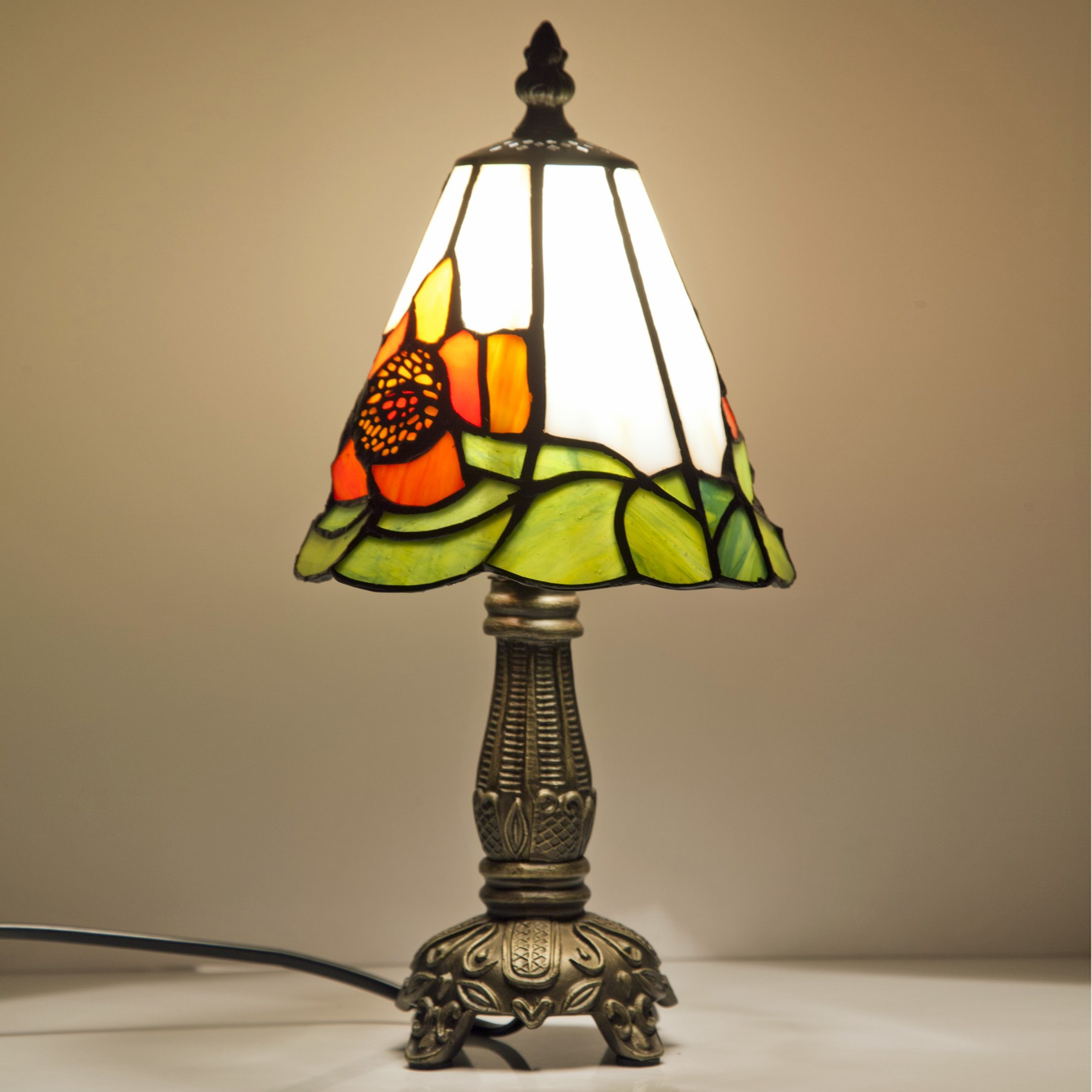 Best ideas about Small Desk Lamp . Save or Pin Make Romantic Atmosphere with Small Table Lamp Now.