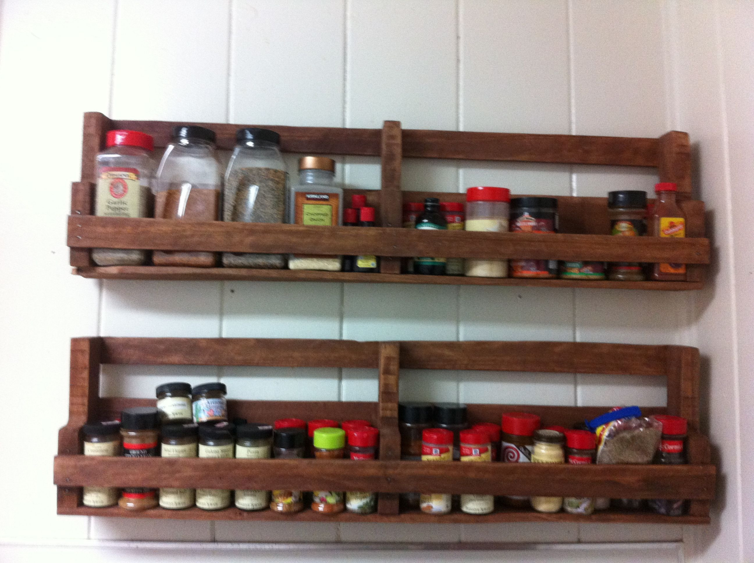 Best ideas about Spice Racks DIY . Save or Pin DIY Pallet Spice Racks for Kitchen Now.