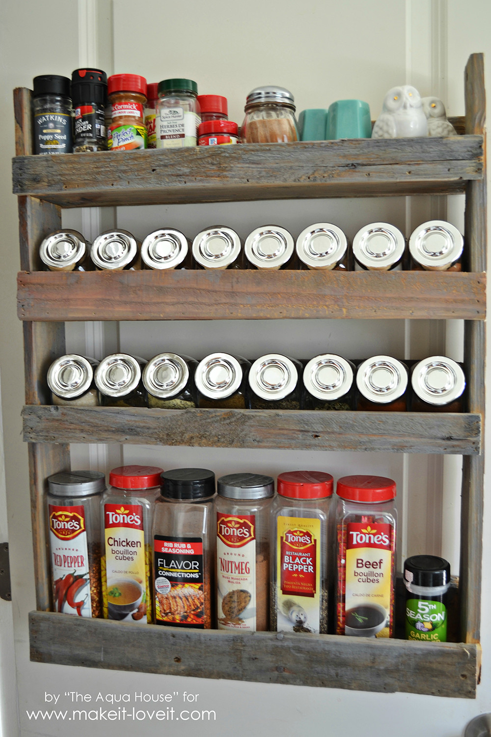 Best ideas about Spice Racks DIY . Save or Pin DIY Pallet Spice Rack Now.