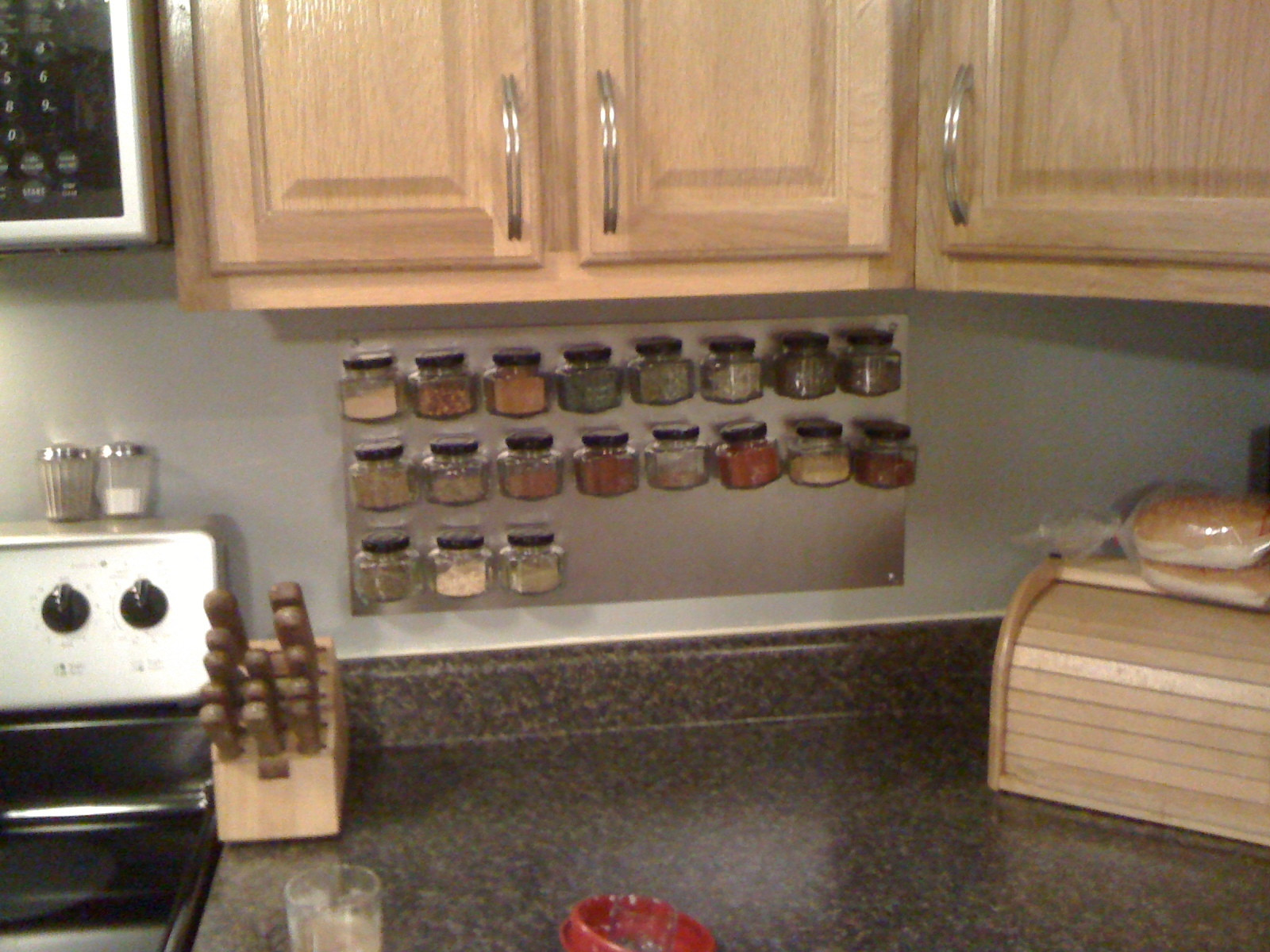 Best ideas about Spice Racks DIY . Save or Pin DIY Magnetic Spice Rack Now.