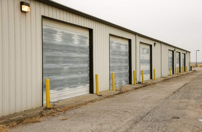Best ideas about Storage Garage Cedar Rapids . Save or Pin Eastern Iowa Airport leases former armory buildings Now.