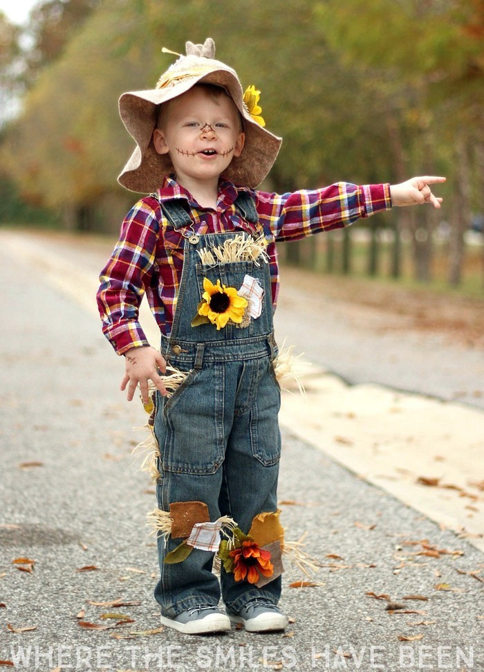 Best ideas about Toddler Scarecrow Costume DIY . Save or Pin Easy & Adorable DIY Scarecrow Costume That s Perfect for Now.
