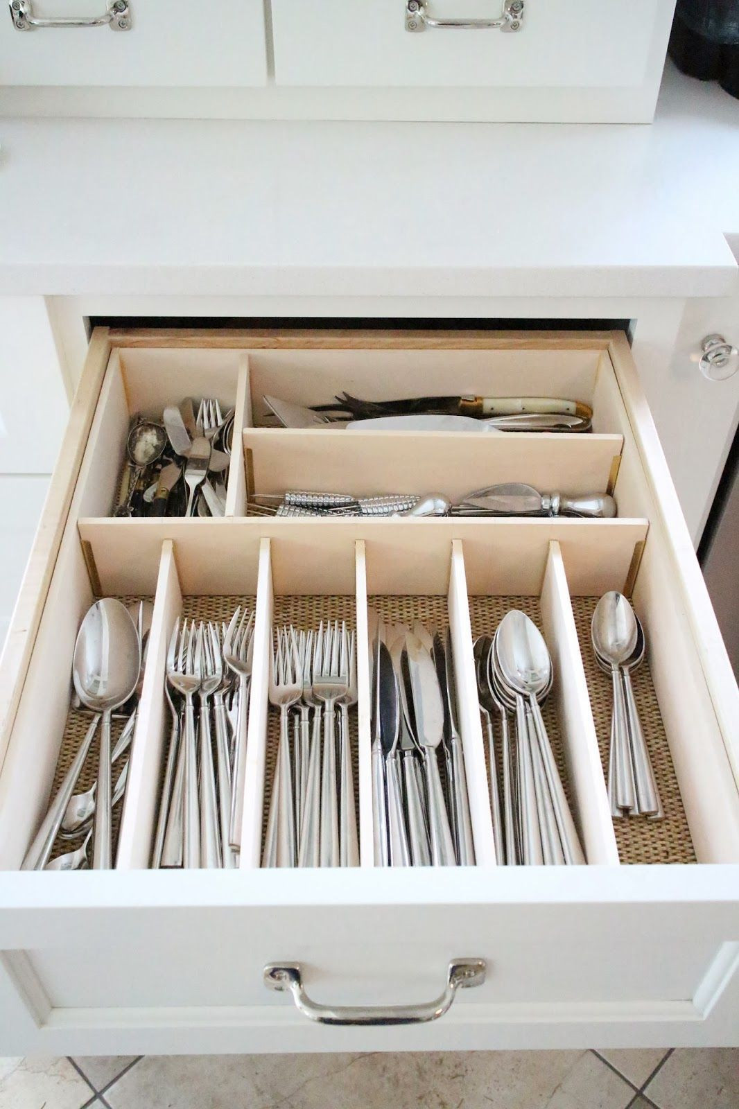 Best ideas about Utensil Drawer Organizer DIY . Save or Pin Drawer Organizing Tips That Keep The Mess At Bay Now.