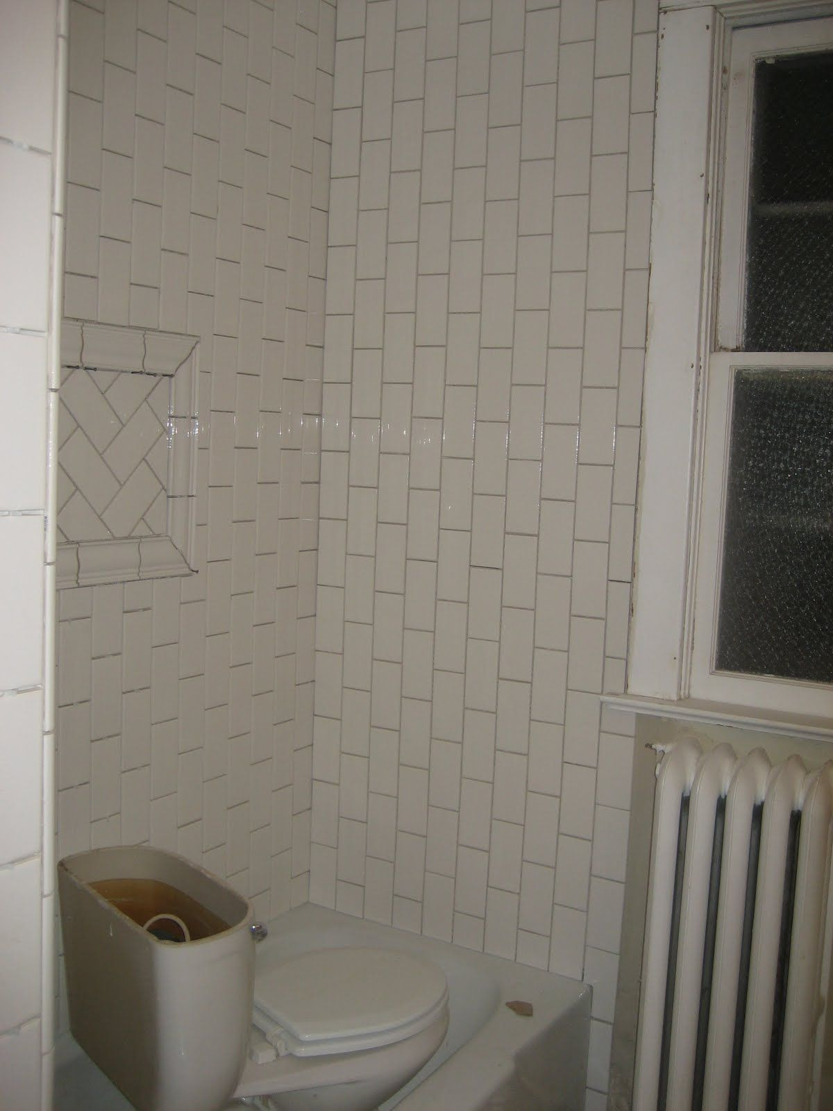 Best ideas about Vertical Subway Tile . Save or Pin Vertical subway tile and pattern like the herringbone Now.