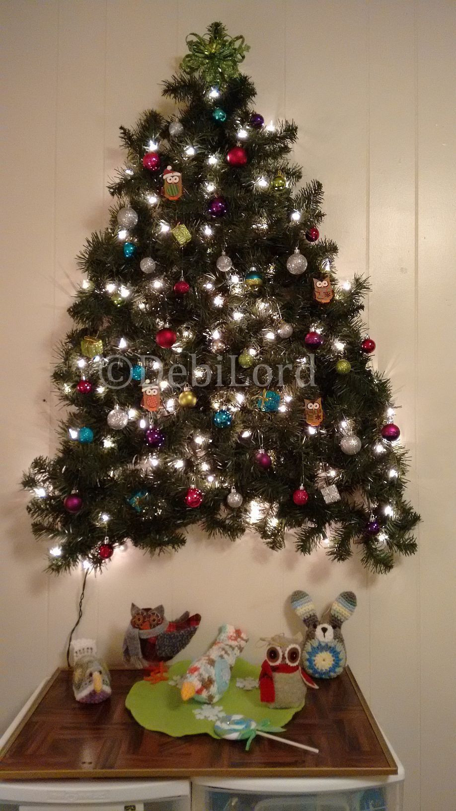 Best ideas about Wall Christmas Tree DIY . Save or Pin 3 D wall Christmas Tree I made this with two 9 ft strands Now.