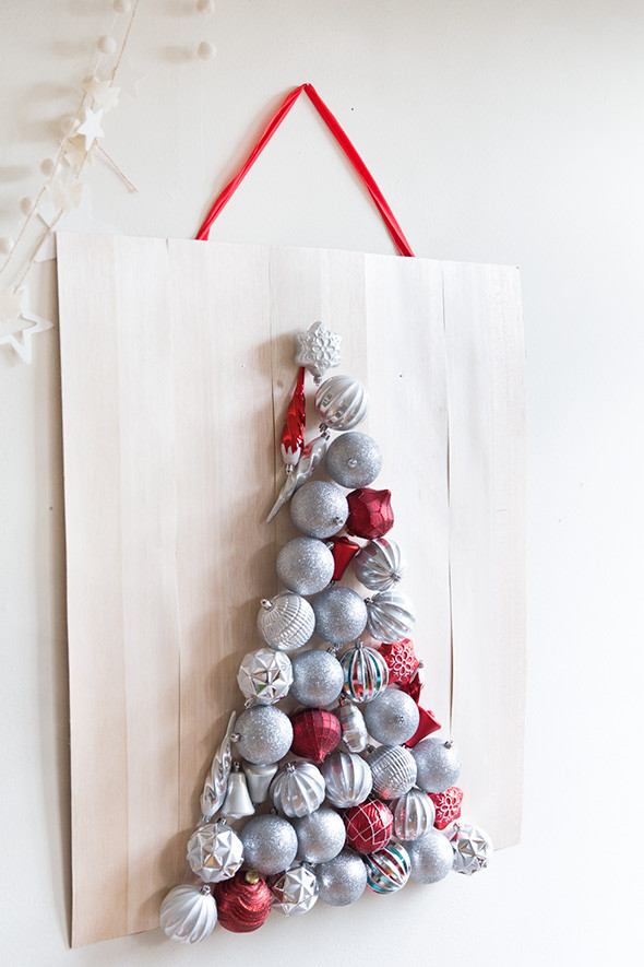Best ideas about Wall Christmas Tree DIY . Save or Pin Beautiful DIY Wall Ornament Christmas Tree Shelterness Now.