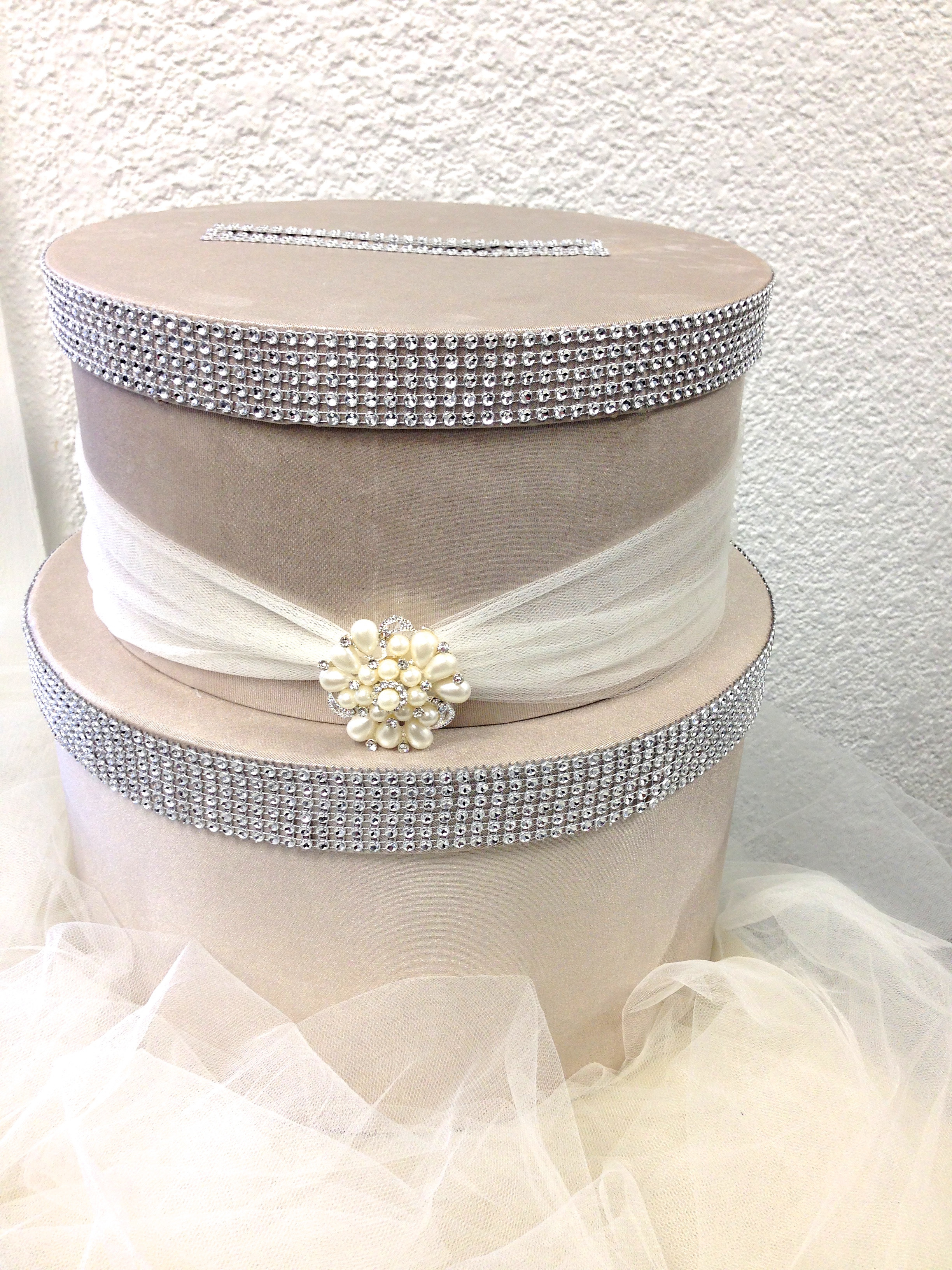 Best ideas about Wedding Card Boxes DIY . Save or Pin DIY Wedding Card Box Now.