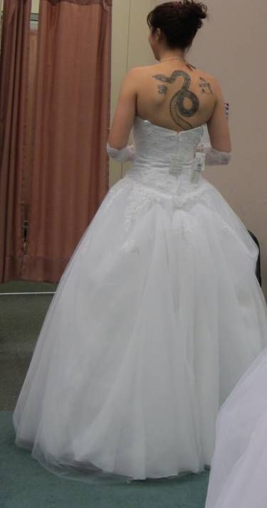 Best ideas about Wedding Dress Bustle DIY . Save or Pin Calling all Brides with Tulle Dresses Bustle Now.