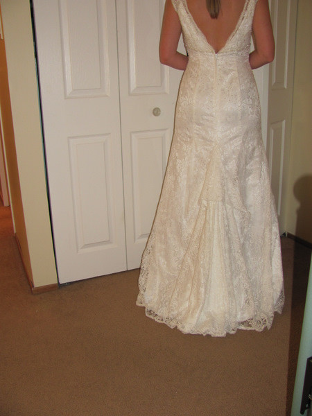 Best ideas about Wedding Dress Bustle DIY . Save or Pin DIY Bustle Now.