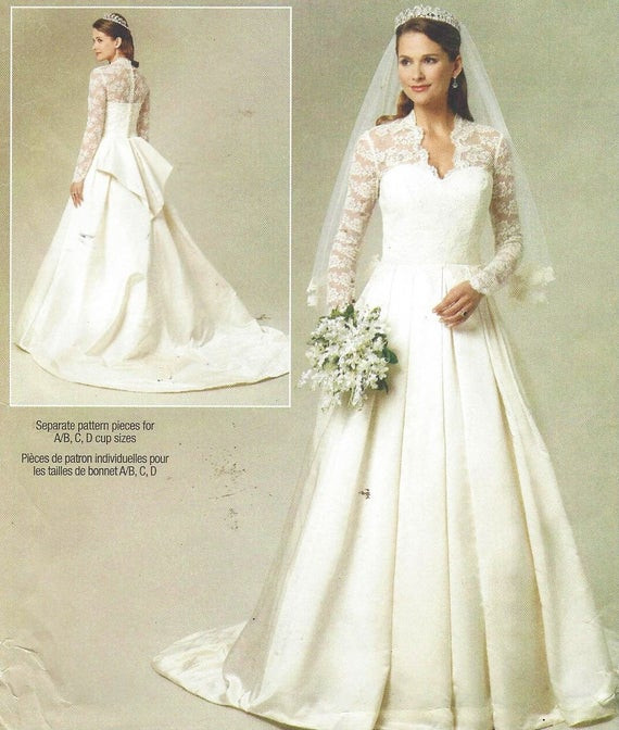 Best ideas about Wedding Dress Bustle DIY . Save or Pin Womens Wedding Gown Optional Train and Bustle DIY Wedding Now.
