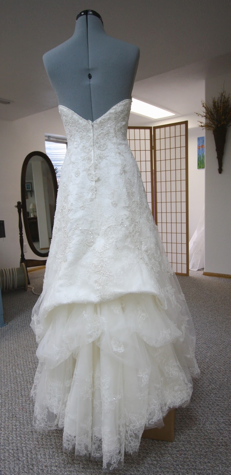 Best ideas about Wedding Dress Bustle DIY . Save or Pin His Hers and Ours DIY WEDDING GOWN BUSTLE Now.