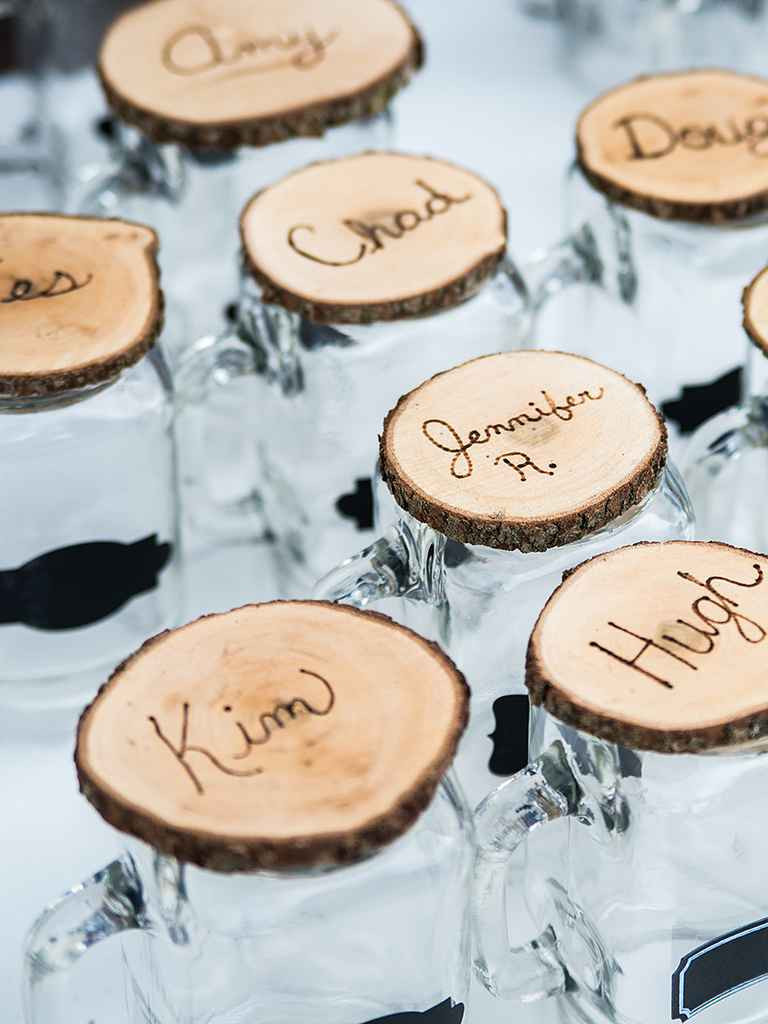 Best ideas about Wedding Favors DIY . Save or Pin 20 DIY Wedding Favors for Any Bud Now.