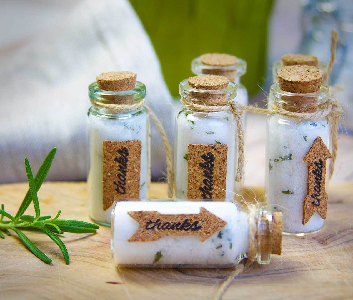 Best ideas about Wedding Favors DIY . Save or Pin Ideas for DIY Winter Wedding Party Favors Now.