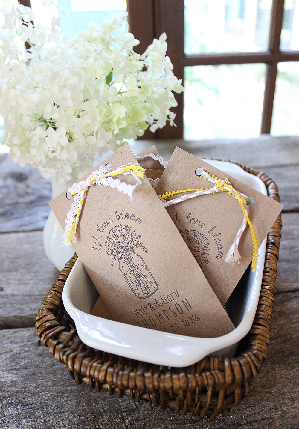 Best ideas about Wedding Favors DIY . Save or Pin 4 DIY Wedding Favors to Make with Rubber Stamps Now.