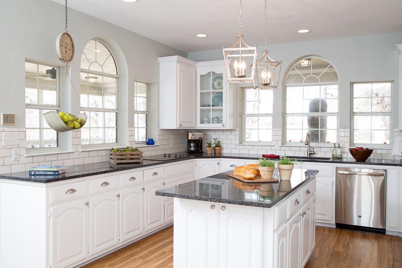 Best ideas about White Kitchen Ideas . Save or Pin 10 Fixer Upper Modern Farmhouse White Kitchen Ideas Now.