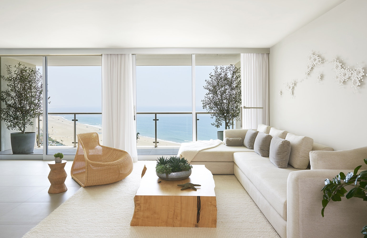 Best ideas about Zen Living Room . Save or Pin 22 Zen Living Rooms Inspiration Dering Hall Now.