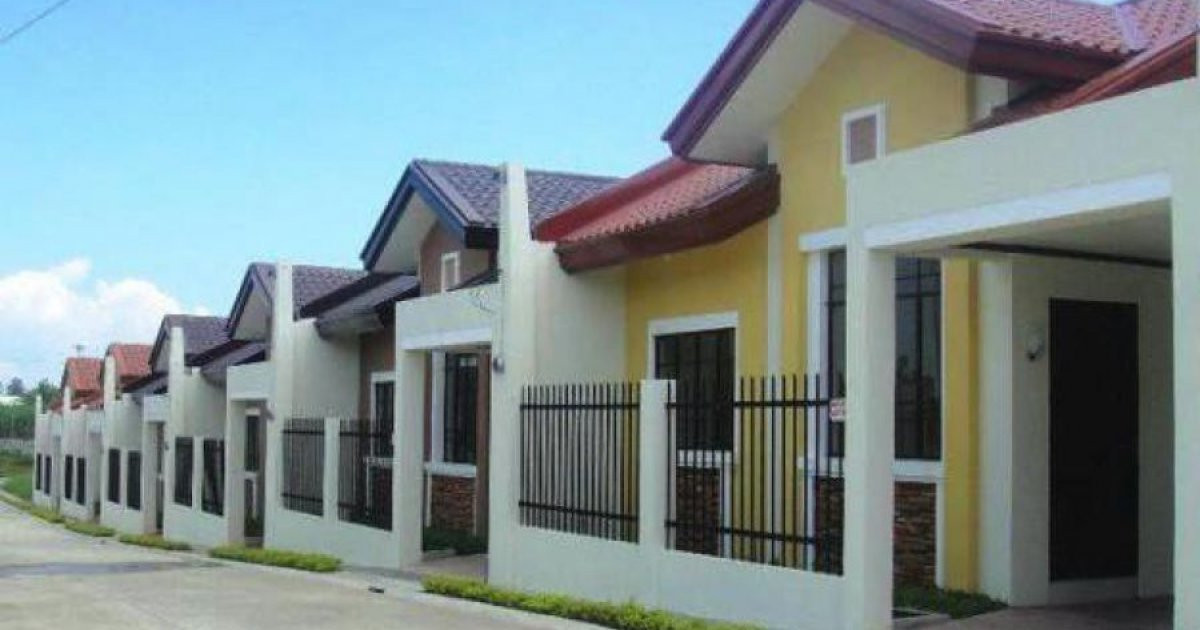 Best ideas about 2 Bedroom Houses For Rent . Save or Pin 2 bed house for rent in Bacolod Negros Occidental ₱8 500 Now.