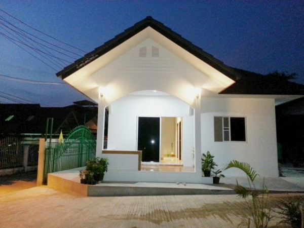 Best ideas about 2 Bedroom Houses For Rent . Save or Pin Two bedroom house for rent Now.